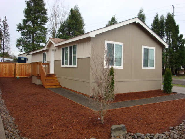 NEW MANUFACTURED HOME COMMUNITY